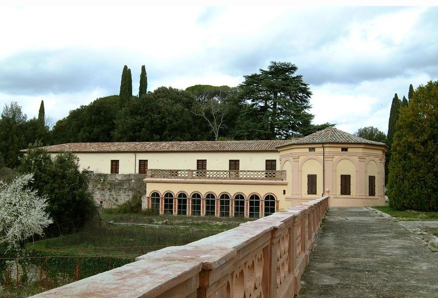 Villa del Colle del Cardinale, veduta villa con limonaia