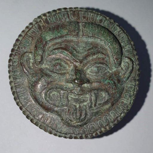 Applique in bronzo con Gorgone